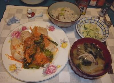 RIMG0004_0723夜-チキンソテー、シメジの味噌汁、ポテトサラダ、かやくご飯_400.jpg
