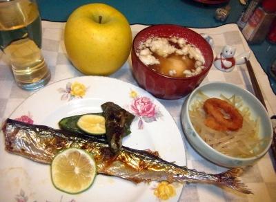 RIMG0003_1102夜-サンマ焼き、もやしとイカリング、卵泡スープ_400.jpg