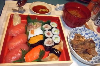 RIMG0009_1209夜-にぎり寿司、炒めもの、干しえのきスープ_400.jpg
