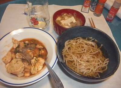 RIMG0021_0123夜-チキンシチュー、蕎麦、豆腐味噌汁_400.jpg