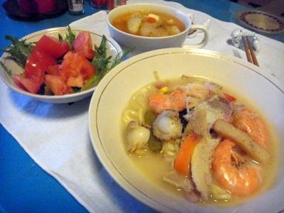 RIMG0045_0217夜-エビちゃんぽん、トマトサラダ、スープ_400.jpg