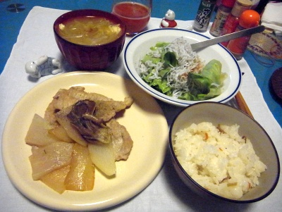 RIMG0054_0303夜-ポークソテー、すし飯、しらすサラダ、味噌汁_400.jpg