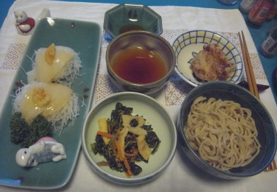 RIMG0009_0613夜-蕎麦、イカの刺身、ほうれん草胡麻和え、鶏からあげ_400.jpg
