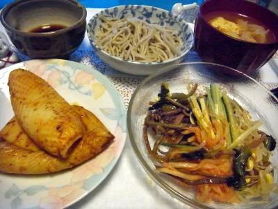 RIMG0010_0621夜-イカ焼き、ナムルサラダ、蕎麦、厚揚げスープ_400.jpg