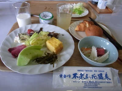 RIMG0011_20140628朝食 山芋他_400.jpg