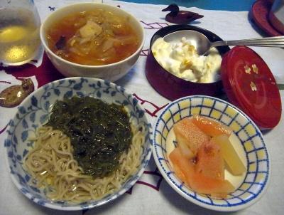 R0010251_0808夜-めかぶ蕎麦、西瓜ピクルス、マンゴーヨーグルト、野菜スープ_400.jpg