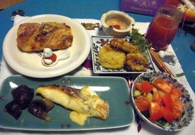 R0010946_1205鯛のポアレ、トマトサラダ、茄子はさみ揚げ、れんこんはさみ揚げ、パン_400.jpg