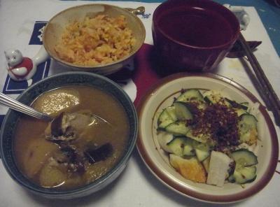 R0010948_1206夜-じゃがいもとチキンのスープ煮、ちくわサラダ、サンマご飯、お吸い物_400.jpg