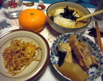 R0011424_0208夜-鰤大根、もやし卵炒め、納豆ご飯、ミカン_400.jpg