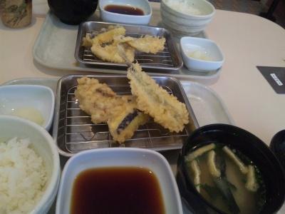 SBSH0359_0302昼-天ぷら特上定食-1_400.jpg