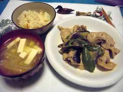 R0011571_0307夜-ポークソテー、豆腐の味噌汁、すし飯_400.jpg