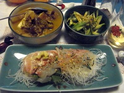 R0011710_0407夜-鯛の刺身、野菜カレー豆腐、胡瓜のサラダ_400.jpg