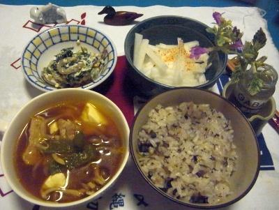 R0012251_0712夜-ポーク野菜スープ、お茶っ葉雑穀ごはん、白和、大根サラダ_400.jpg