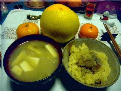 R0012839_1026夜-サンマご飯、豆腐味噌汁(SDカード不具合)_400.jpg