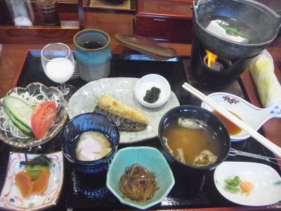 R0013210_20151126朝ホテル-和食_400.jpg