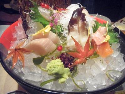 R0013289_20151126夜倉敷外食-さしみ盛り合わせ_400.jpg