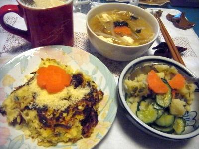 R0014289_0512夜-キャベツのパンケーキ、ポテトサラダ、スープ、きなこミルク_400.jpg
