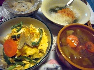 R0014474_0626夜-野菜卵とじ、スープ、おろしめかぶ_400.jpg