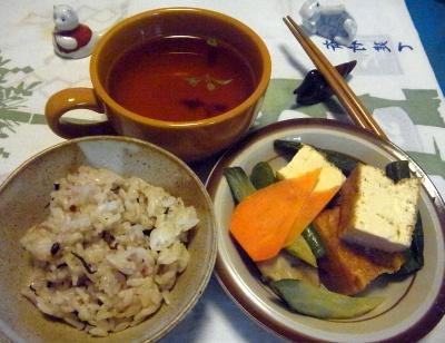R0014678_0731夜中-厚揚げ煮物、雑穀米ご飯、スープ_400.jpg