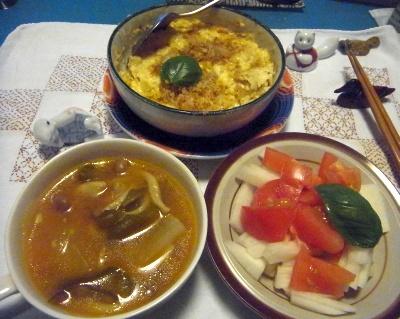R0014832_0813夜-玉子豆腐チーズ焼き、カレースープ、大根トマトサラダ、バジル添_400.jpg