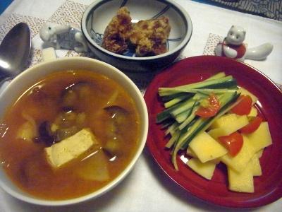 R0014842_0815夜-じゃがいもとキュウリとミニトマト、野菜と厚揚げのスープ、鶏の唐揚げ_400.jpg