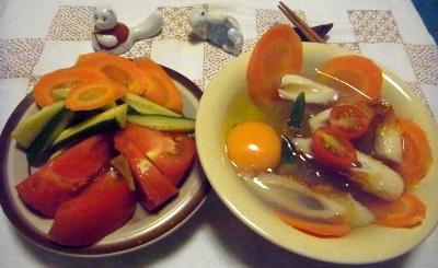 R0015119_0822夜-卵とミニトマトのところてん、サラダ_400.jpg
