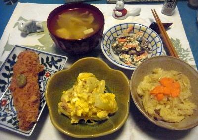 R0015620_1206夜-チキンカツ、白菜とツナの卵炒め、サンマご飯、白あえ、味噌汁_400.jpg