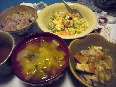 R0015723_1227夜-牡蠣の炒め物、白菜スープ、ポテトサラダ、もち麦ご飯_400.jpg