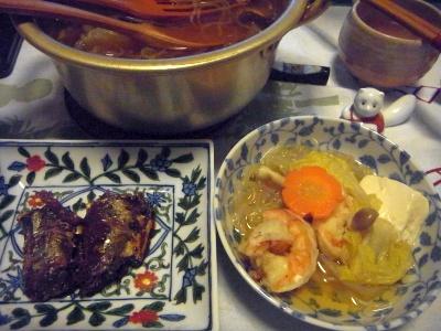 R0015761_0102夜-寄せ鍋、サンマの甘露煮_400.jpg