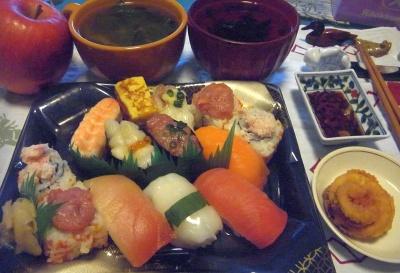 R0015963_0224夜-寿司、イカ天、小松菜スープ、お吸い物_400.jpg