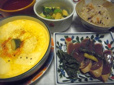 R0016745_0803深夜-豆腐タマゴチーズのせ、カツオのたたき、キュウリ、シラスすし飯_400.jpg