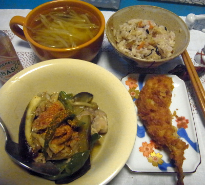 R0016767_0807夜-鯵フライ、ナスとポーク炒め、すし飯、みそ汁_400.jpg