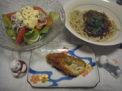 R0016778_0809夜-ささみチーズフライ、もずく蕎麦、サラダ_400.jpg