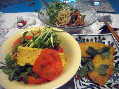 R0016832_0825夜-鯵の大葉フライ、トマト豆苗卵焼きサラダ、ナムル蕎麦_400.jpg