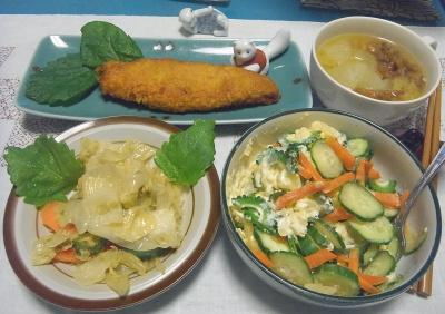 R0016984_0923夜-ポテトサラダ、キャベツ炒め、白身魚フライ、みそ汁_400.jpg