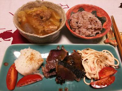DSC_1348_0108夜-カツオのたたき、菊花大根、パスタサラダ、ポトフ、小豆ご飯_400.jpg