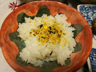 DSC_1433_0118夜-ひよこチップ入りのりたま、白ご飯_400.jpg