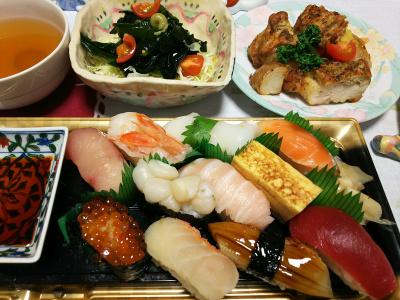 DSC_1461_0121夜-江戸前寿司、チキンソテー、豆腐ハンバーグ、わかめサラダ、スープ_400.jpg