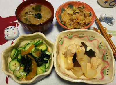 DSC_1621_0217夜-鶏と大根の煮物、キュウリと生わかめオレンジピール和え、みそ汁、サンマオレンジご飯_400.jpg