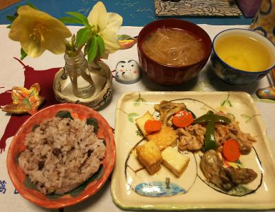 DSC_1637_0219夜-ポークソテー、牡蠣のうま煮、厚揚げ炒め、みそ汁、小豆ご飯_400.jpg
