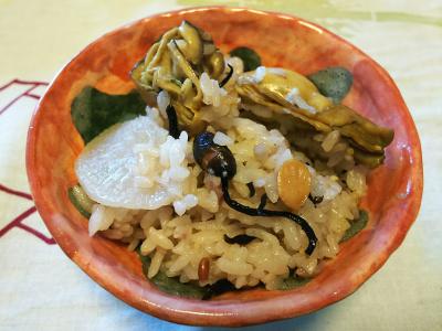DSC_1646_0220昼-牡蠣と大根と芽ひじき、もち麦、雑穀米ご飯_400.jpg