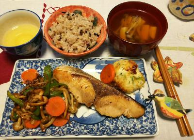DSC_1660_0221夜-鰤照り焼き、しんじょ、お吸い物、牡蠣ご飯_400.jpg