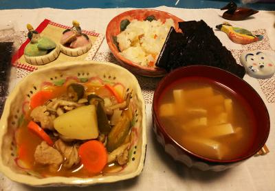 DSC_1676_0226夜-ポークシチュー、豆腐のお吸い物、すし飯と海苔_400.jpg