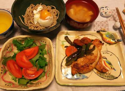 DSC_1747_0310夜-ささみソテー、トマトと三つ葉サラダ、卵蕎麦、みそ汁_400.jpg