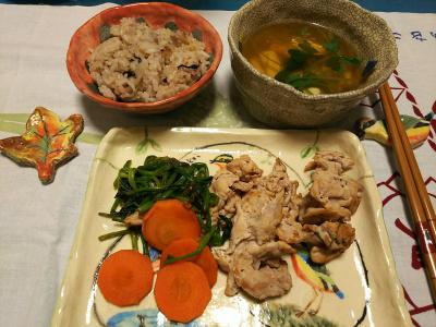DSC_1756_0311夜-ポークとほうれん草ソテー、三つ葉のお吸い物、牡蠣ご飯_400.jpg
