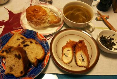 DSC_2351_0507昼-フィッシュサンド、チーズささみかつ、レーズンパン、スープ、茶葉佃煮_400.jpg