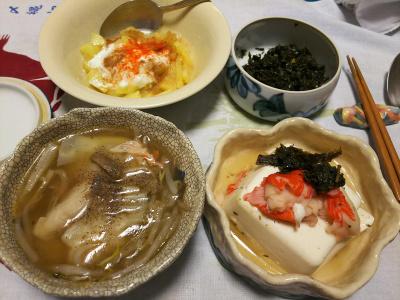 DSC_2666_0524夜-カニカマと茶佃煮のせ豆腐、海老ワンタンスープ、リンゴヨーグルト_400.jpg