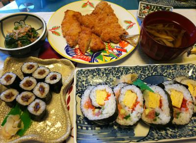 DSC_2724_0603昼-アジフライ、イカフライ、干瓢巻き、海鮮巻き寿司、ほうれん草おひたし、しめじとミョウガのお吸い物_400.jpg