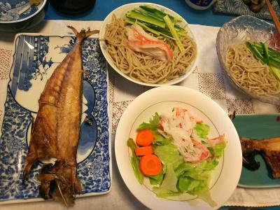 DSC_3004_0622昼-アジの干物、流水蕎麦、かにかまサラダ_400.jpg