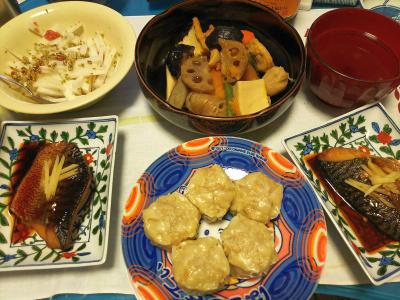 DSC_3547_0816夜-鯖の照り焼き、シュウマイ、煮物、大根サラダ、生姜スープ_400.jpg